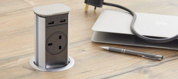 Pull Up Socket. 2 Gang. 2 USB